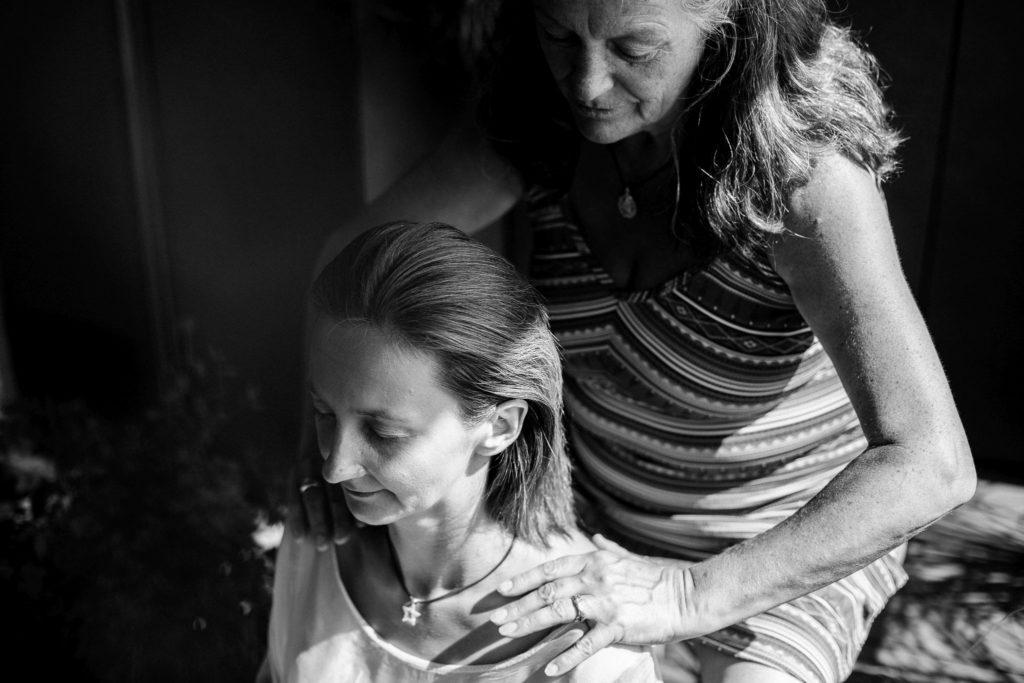 energetische Klopfmassage - sanfte Berührung